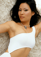 Lucy Liu Exposed