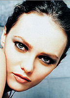 Vanessa Paradis Exposed